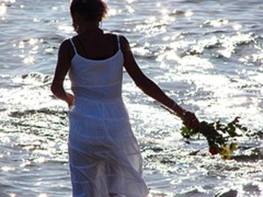 1199481909_yemanja_mulher_com_flores1